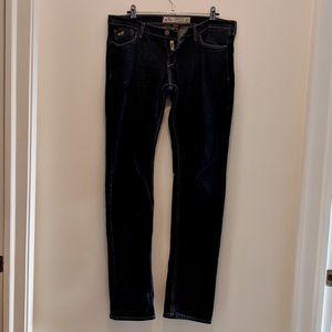 Hollister   Laguna Dark Wash Skinny Jeans 7R